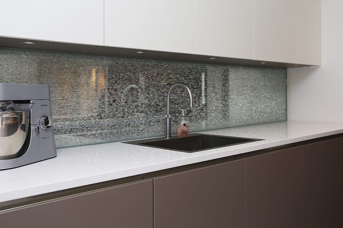 Cracked glass splashback - Hanson Electrical Kitchens, Hull
