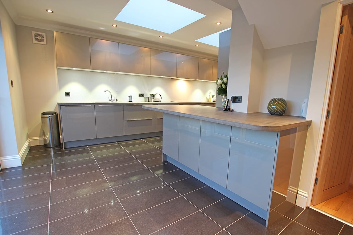 Luxury Laminate Worktop With Curves - Hanson Electrical Kitchens, Hull